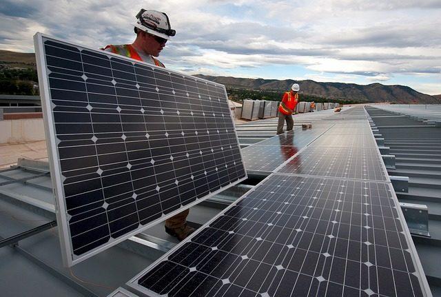 Installation de panneau photovoltaïque
